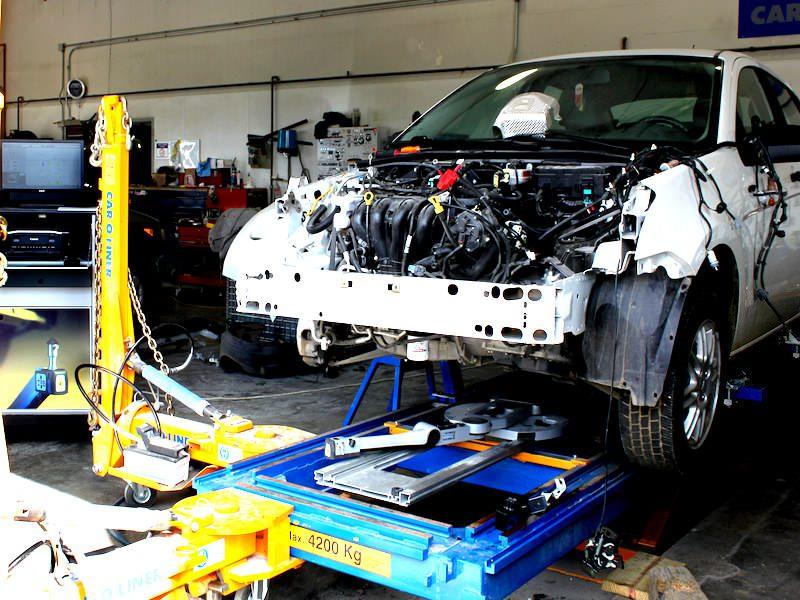 Auto Frame Straightening - Waltham Auto Body Repair Shop